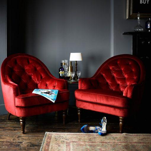 Red O'Hara Chair scene