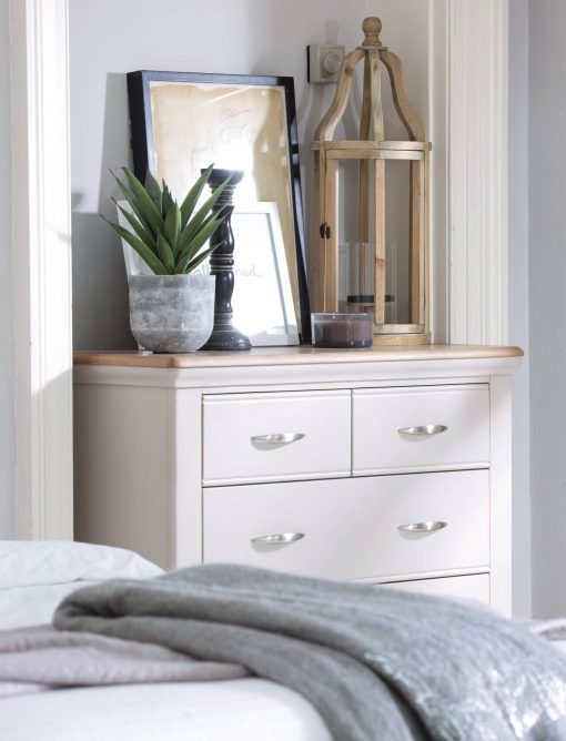 tenby bedroom chest of drawers scene