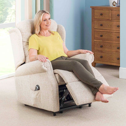 Woman sitting in Woburn grand recliner