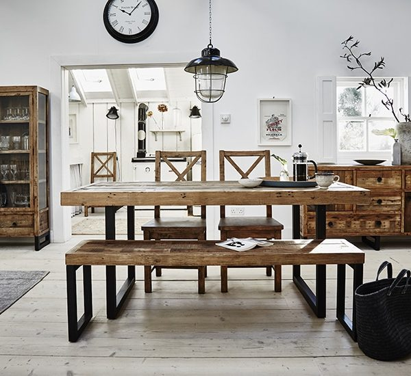 Setting image of the Great Western Dining Collection