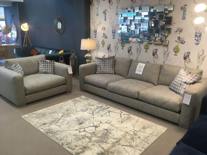 Cape Code XL Sofa & Snuggler